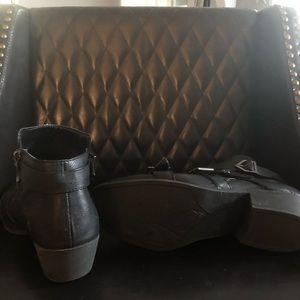 Sam & Libby Shoes - Sam & Libby heeled bootie black